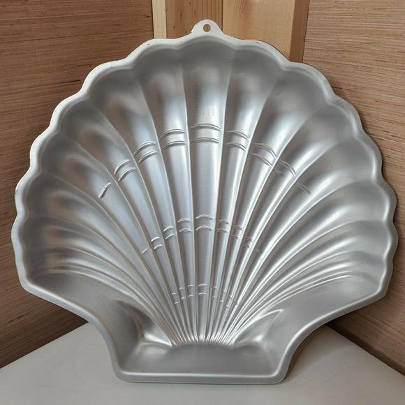 VTG 1989 Wilton Sea Shell Beach Ocean Nautical Cake Novelty Pan Mold 2105-8250